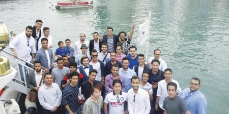 المبتعثون يحتفلون بالعيد في قارب.. بشيكاغو